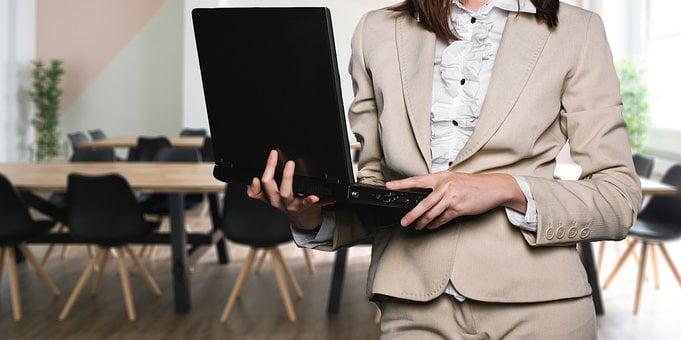 business woman | Lift Legal