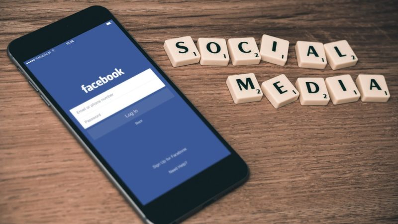 Separation and Social Media | facebook social media cellphone | Lift Legal